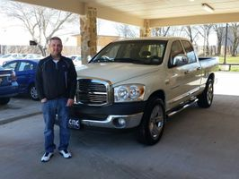 2007 Dodge Ram 1500 Reviewed by Arturo R. from Itasca Texas